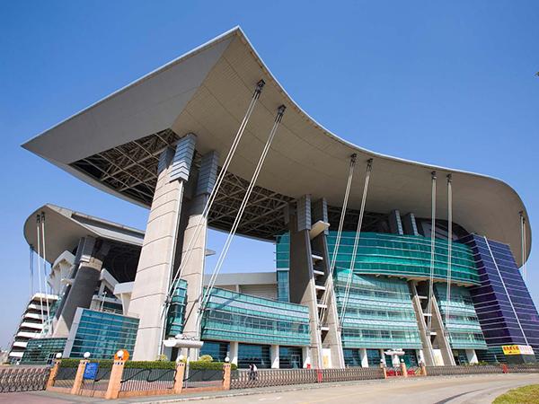 铝和金属建材工程案例之广州奥林匹克中心