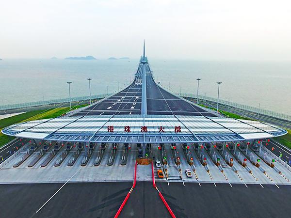 铝和金属建材工程案例之港珠澳大桥